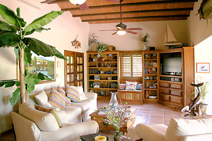 Living room of Bahia San Carlos oceanfront house for sale